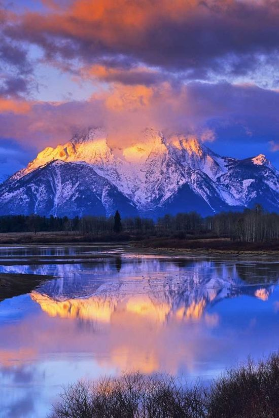 Grand Teton National Park, Jackson Hole, Wyoming, mountain, lake, water, reflections, clouds, beauty of Nature, breathtaking, photo