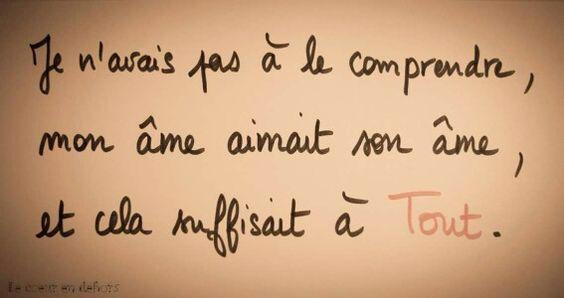 Beaucoup s'accordent à dire que l'amitié fille-garçon n'existe pas, d… #romandamour Roman d'amour #amreading #books #wattpad