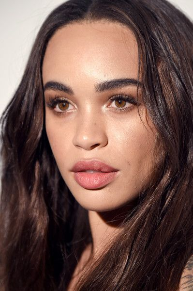 Actress Cleopatra Coleman attends Marie Claire's Image Maker Awards 2017.