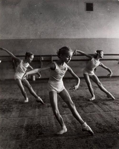 Bolshoi Ballet School, Moscow, 1964 by Hilmar Pabel