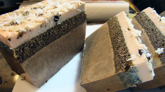 Making Coffee+and+Coconut+Layered+Soap+by+GAMMASSOAPANDSTUFF+on+Etsy,+$5.00 www.etsy.com/shop/gammassoapandstuff