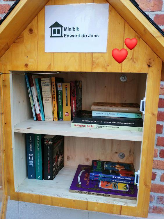 Boekenruilkast Sint-Andries 6