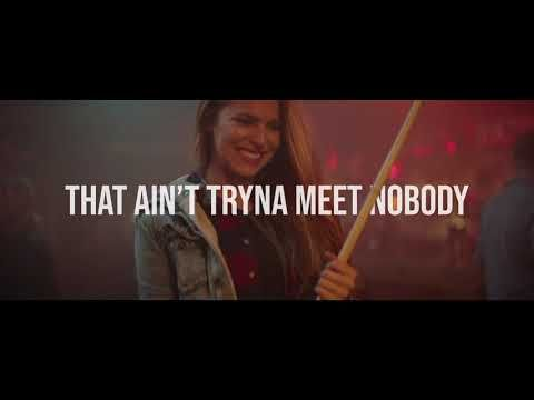 Lee Brice One Of Them Girls Official Lyric Video Youtube Country Music Lyrics Country Music Quotes Lee Brice