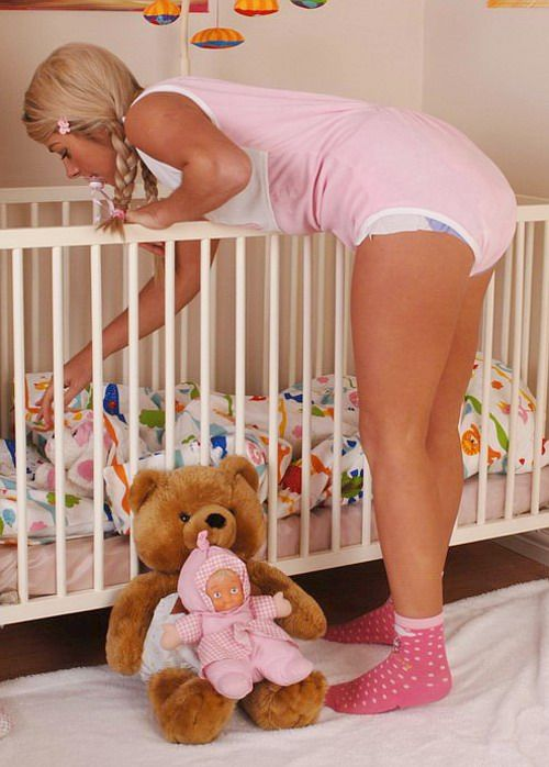 Adult Women Babies 34