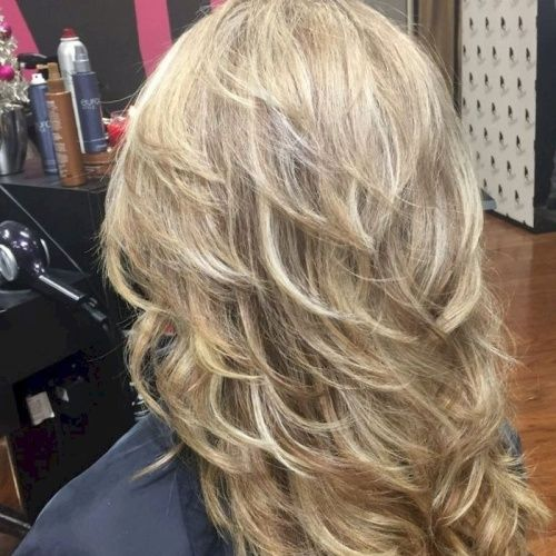 Feathered Long Layered Haircuts For Thin Hair Long Hair Styles Hair Styles Thin Hair Haircuts