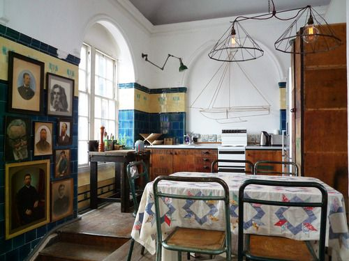 I love this eclectic space. OK, so it's not a home, but I would like to live in it nevertheless http://www.oldschoolstudio.co.uk/