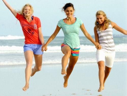 Cariba Heine, Phoebe Tonkin and Indiana Evans | Phoebe ...