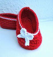 Fräulein Butterblume: Rote Ballerinas mit weißem Schleifchen....