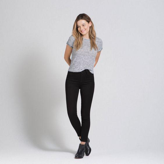 Womens Cara High Rise Jean Ankle Legging | Womens Now Trending | Abercrombie.com