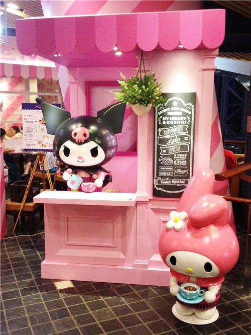 My Melody & Kuromi Pop-up Cafe in Hong Kong's shopping mall Langham Place