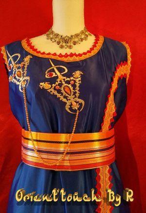 robe kabyle bleu roi robes kabyle et bijoux pinterest robes. Black Bedroom Furniture Sets. Home Design Ideas