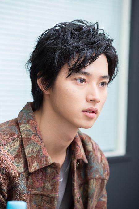さっぱりした雰囲気の山崎賢人のかわいい画像
