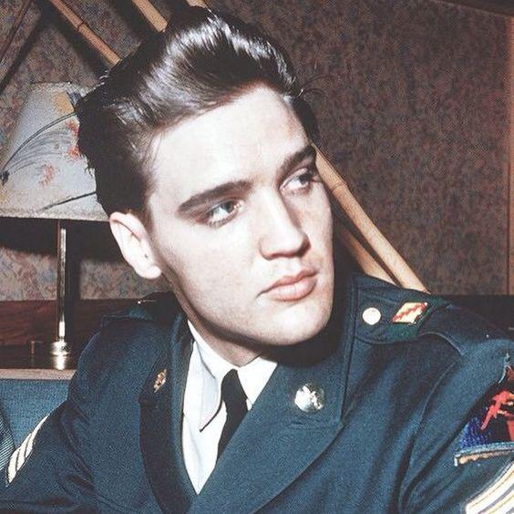 Elvis Presley |