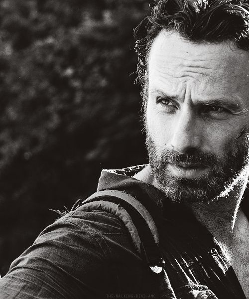 Rick Grimes--- that look again.... LOVE it!