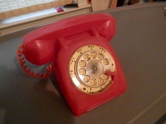 1960's TOY PLASTIC TELEPHONE WITH RING SOUND