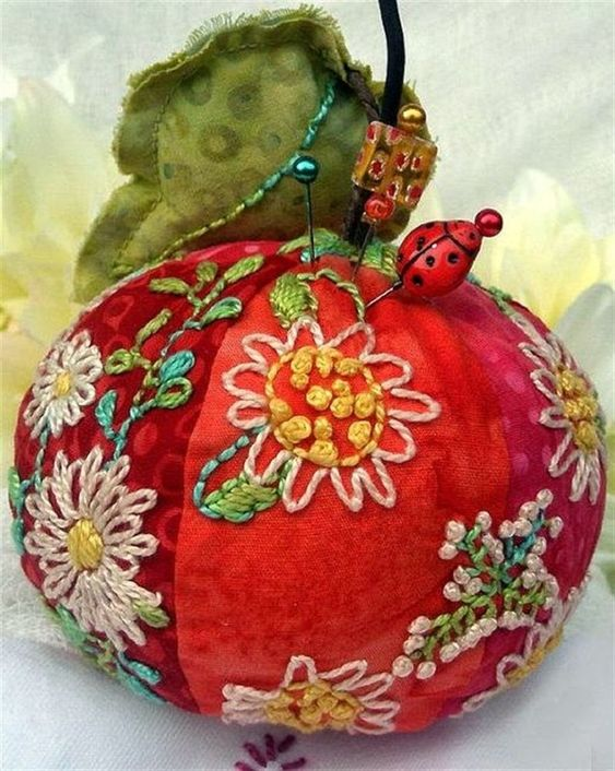 Such Amazing Pincushions by Jill Verbick-Oleary – Livemaster