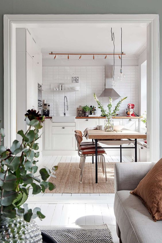 Pereți gri și decor nordic într-un apartament de 74 m²