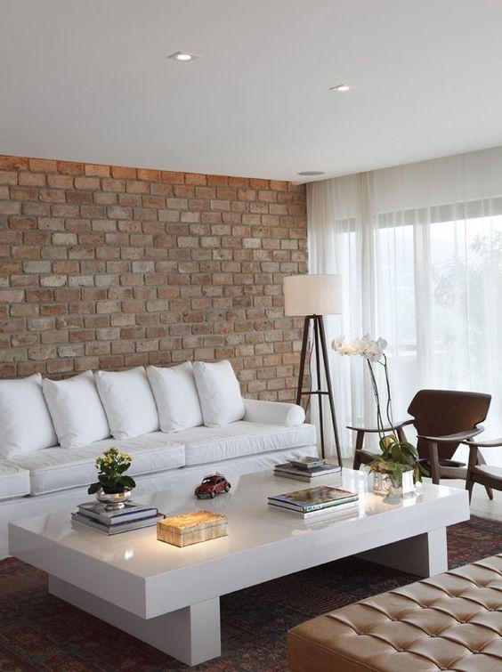 São Conrado, no Rio de Janeiro (250 m²) - Arquitetas Roberta Moura, Paula Faria e Luciana Moreira, do escritório Roberta Moura & Arquitetos Associados.: