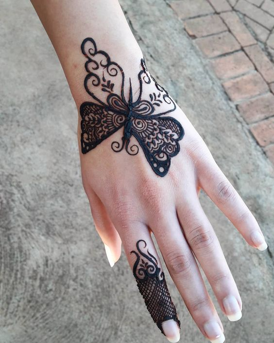 Butterfly mehndi design