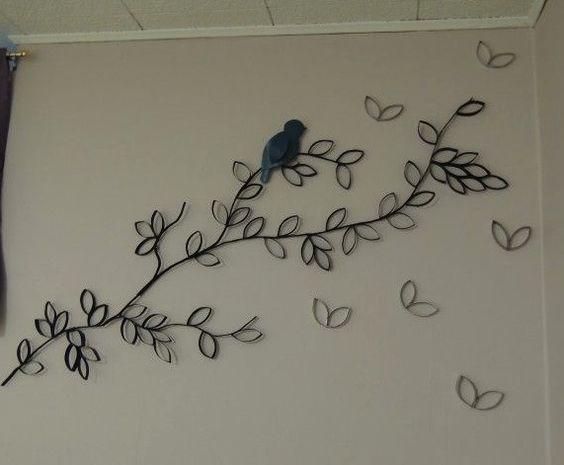 Manualidades con rollos de papel higi nico diy wall art - Decoracion con rollos de papel higienico ...