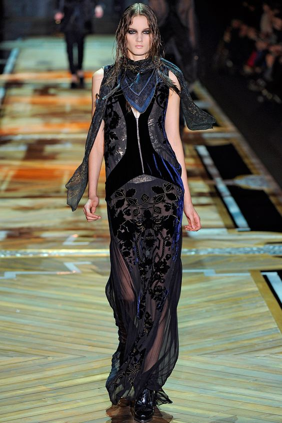 Roberto Cavalli Fall 2011 Ready-to-Wear - Collection - Gallery - Style.com
