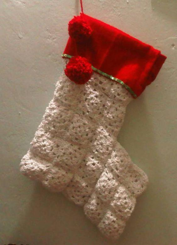 Bota navideña roja con blanca