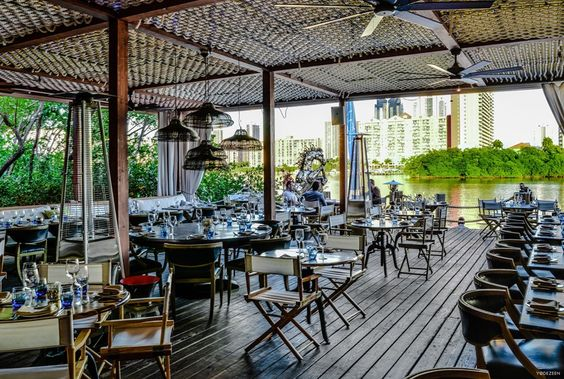 Lique restaurant by YoDezeen 04
