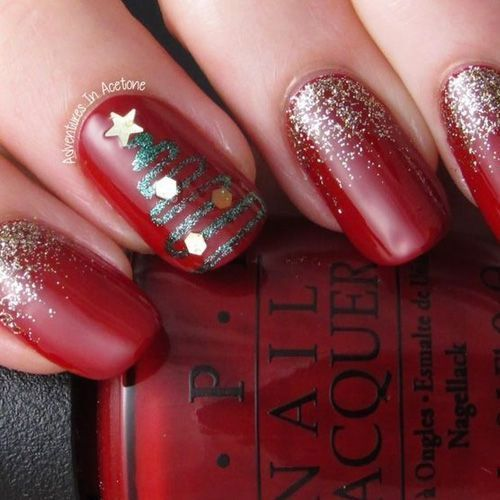 50+ Easy and Eye,catching Christmas Nail Designs