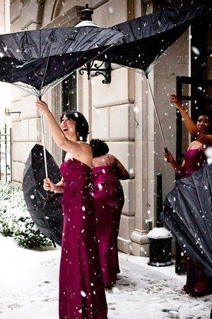 38 Couples Who Absolutely Nailed Their Winter Weddings I'm sure there will be opportunities to create this shot at our venue.: