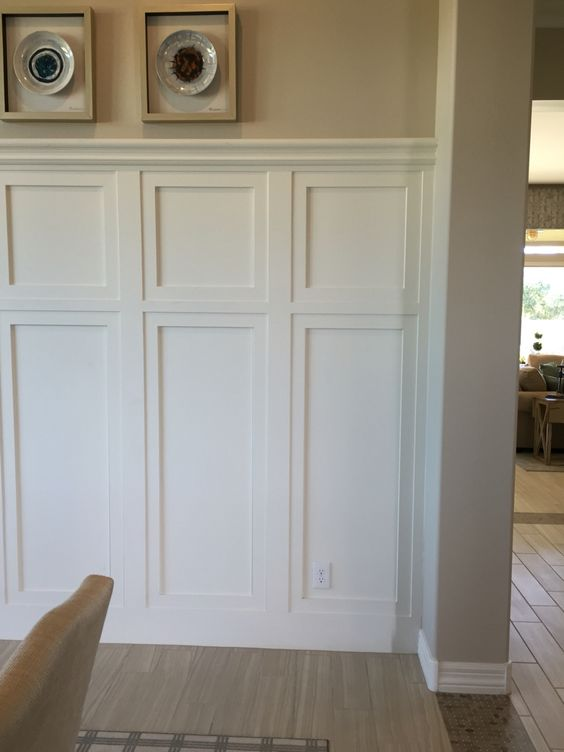 Wainscot pinteres for Examples of wainscoting