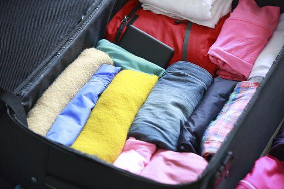 Como hacer una buena maleta de viaje. De este modo te entrara muchas mas cosas!