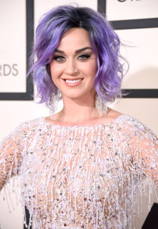 Katy Perry's Pastel Strands: Extreme hues only look better when they're textured and choppy, okay?