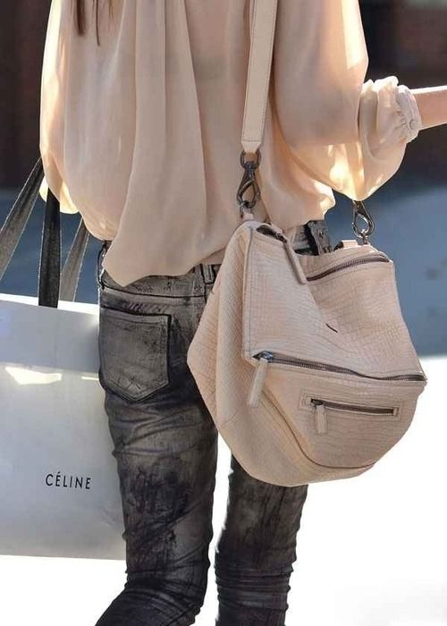 Love this Givenchy bag, such a great shape and colour <3
