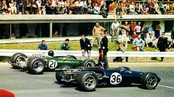 #21 Jim Clark...Team Lotus...Lotus 49...Motor Ford Cosworth DFV V8 3.0...#36 Dan Gurney...Anglo American Racers...Eagle T1G...Motor Weslake 58 V12 3.0...GP Belgica 1967