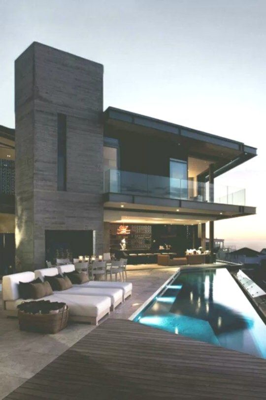 The Chic Technique Modern Home With Infinity Pool House