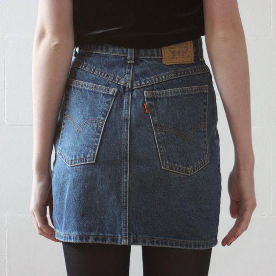 90 s levi s high waisted mini skirt denim skirt small xs