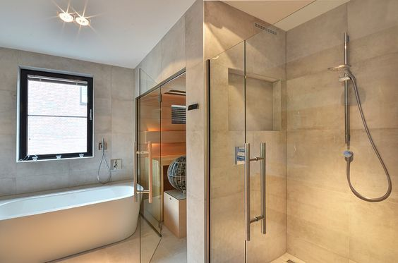 14 Voorbeelden Van Een Luxe Badkamer Met Sauna Luxe Badkamers Nl Luxe Badkamer Badkamer Badkamer Voorbeelden