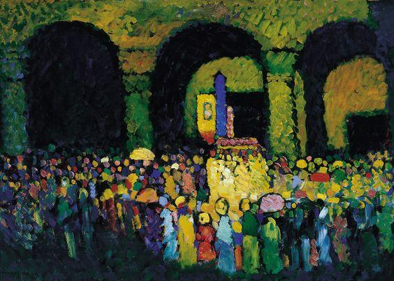 A  igreja de St Ludwig em Munique (1908) Wassily Kandinsky - Carmen Thyssen-Bornemisza Collection  Uma multidão se reune sob o pórtico enquanto uma procissão religiosa passa.  Esta cena, que ocorreu a poucos metros do apartamento de Kandinsky, foi esboçada pelo artista em um de seus cadernos de final de 1908, acompanhadas de notas precisas sobre a cor.  Kandinsky estava interessado na técnica pontilhista de Signac desde 1904, como pode ser visto em suas pinturas de contos pintadas entre…