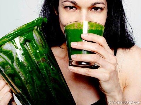 Raw Vegan Tropical Green Smoothie