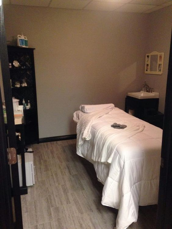 Who doesn't want a reason for a massage! We have the perfect reason for you, YOU'RE GETTING MARRIED!!