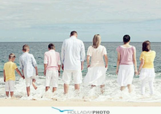 Beach family photo and clothes
