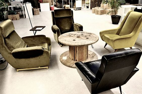 mobilier recycl darwin bordeaux coworking coworking. Black Bedroom Furniture Sets. Home Design Ideas