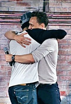 Tom Hiddleston, Tom and Zach hugging  Seeing this makes me happy