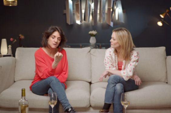 VIDÉO - Pour la 41e cérémonie des César, Florence Foresti et Vanessa Paradis ont réalisé un sketch hilarant.