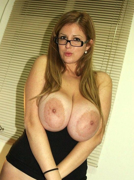 machine-white-girl-nipples