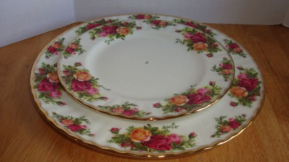 VINTAGE ROYAL ALBERT OLD COUNTRY ROSES TWO TIER SERVER PLATES  ONLY WITH HOLES  #RoyalAlbert