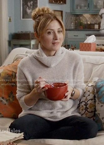 Maura's grey turtleneck sweater on Rizzoli and Isles.  Outfit Details: https://wornontv.net/58337/ #RizzoliandIsles