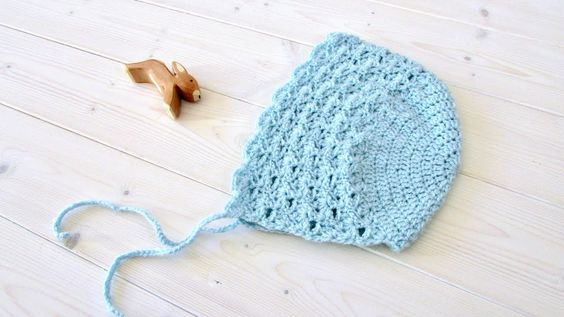 How To Crochet A Pretty Lace Baby Children S Bonnet Childrens Bonnet Crochet Baby Gifts Crochet Baby