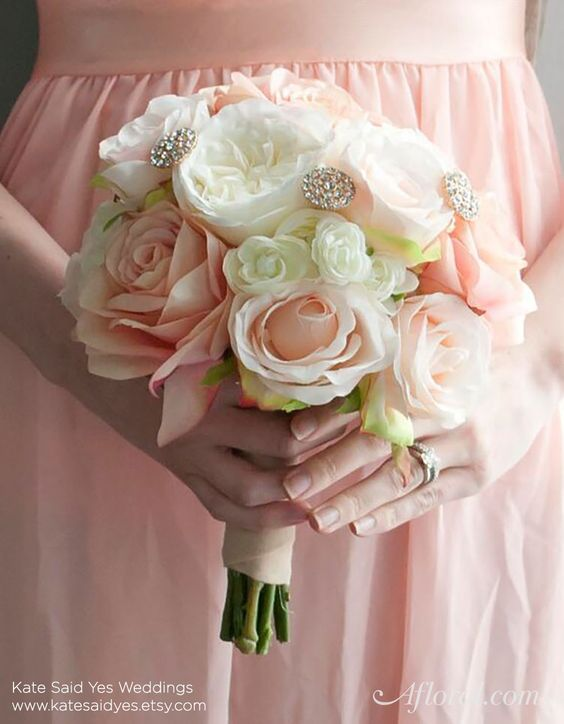Make Your Own Bridal Bouquet: Make Your Own Beautiful Bride And Bridesmaids Bouquets