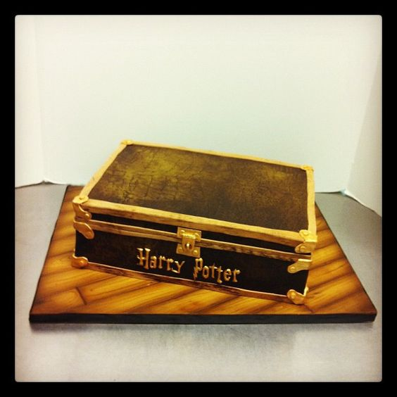 Harry Potter Trunk Grooms Cake